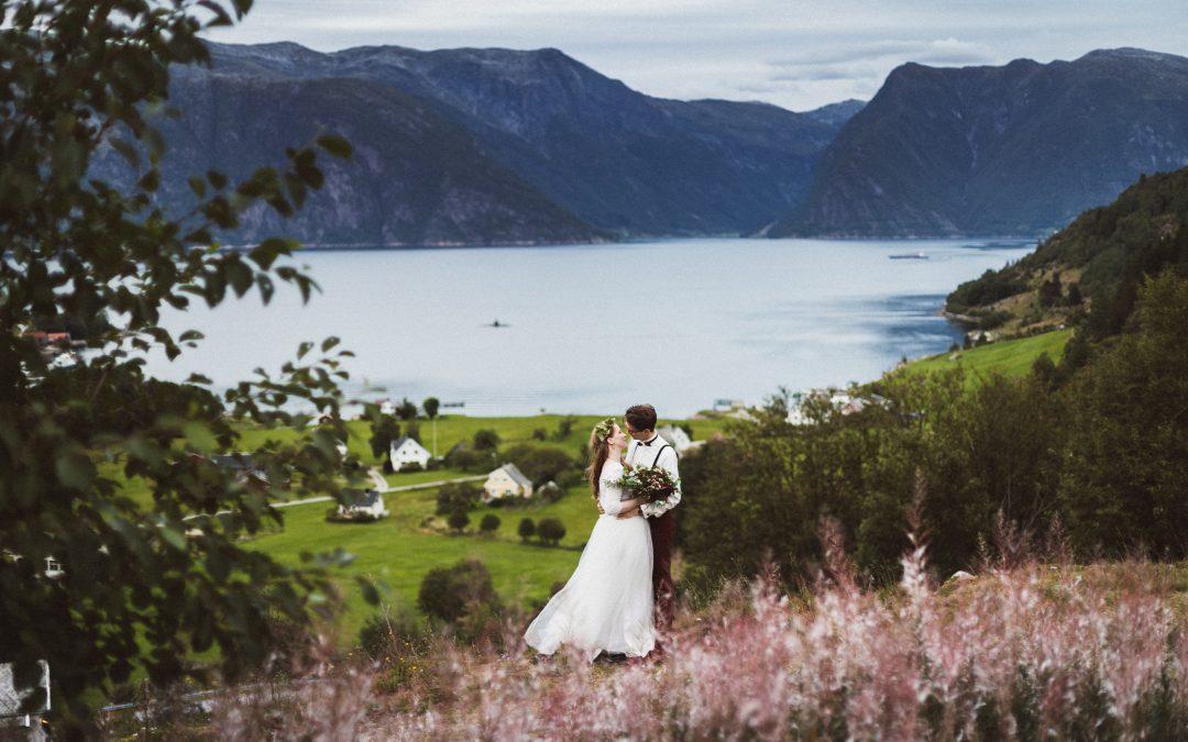 Inspiration: Hochzeitskonzept Wood & Greenery